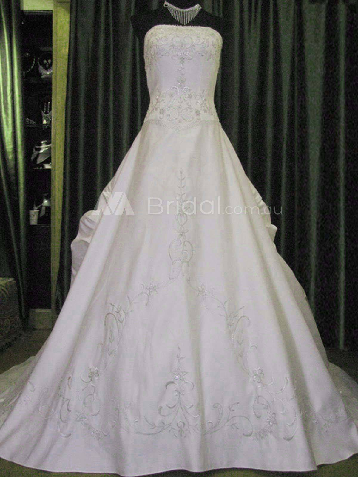 Traditional Bridal Gown - Jenay - Front