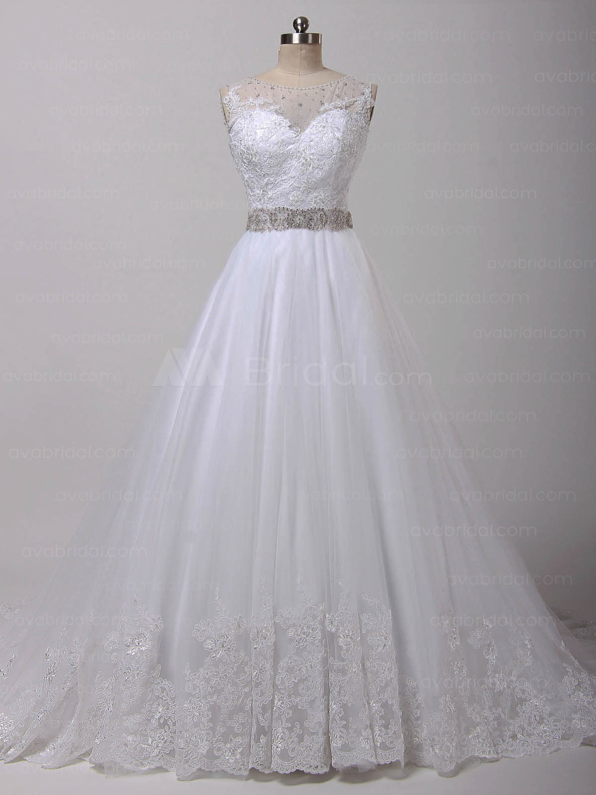 Gorgeous Vintage Wedding Dress – Abriana - Front