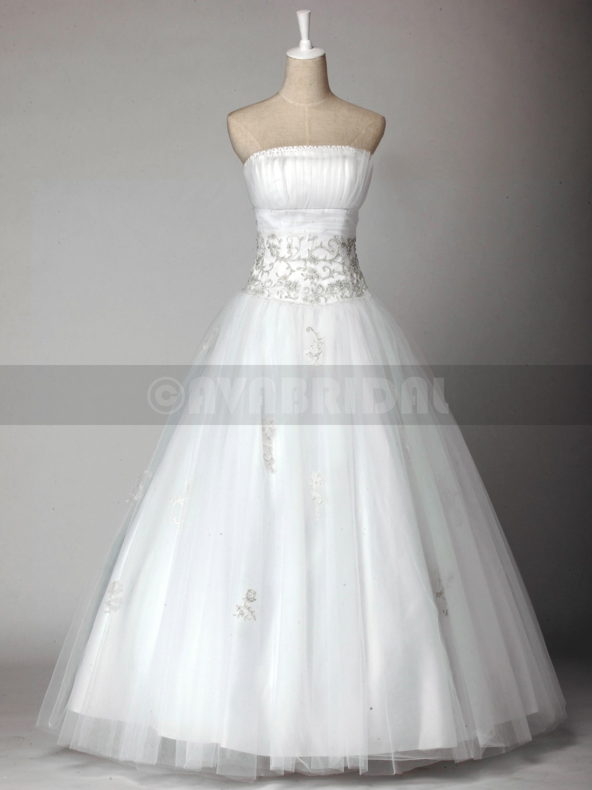 Princess Lace Embroidery Tulle Wedding Gown W810-ront