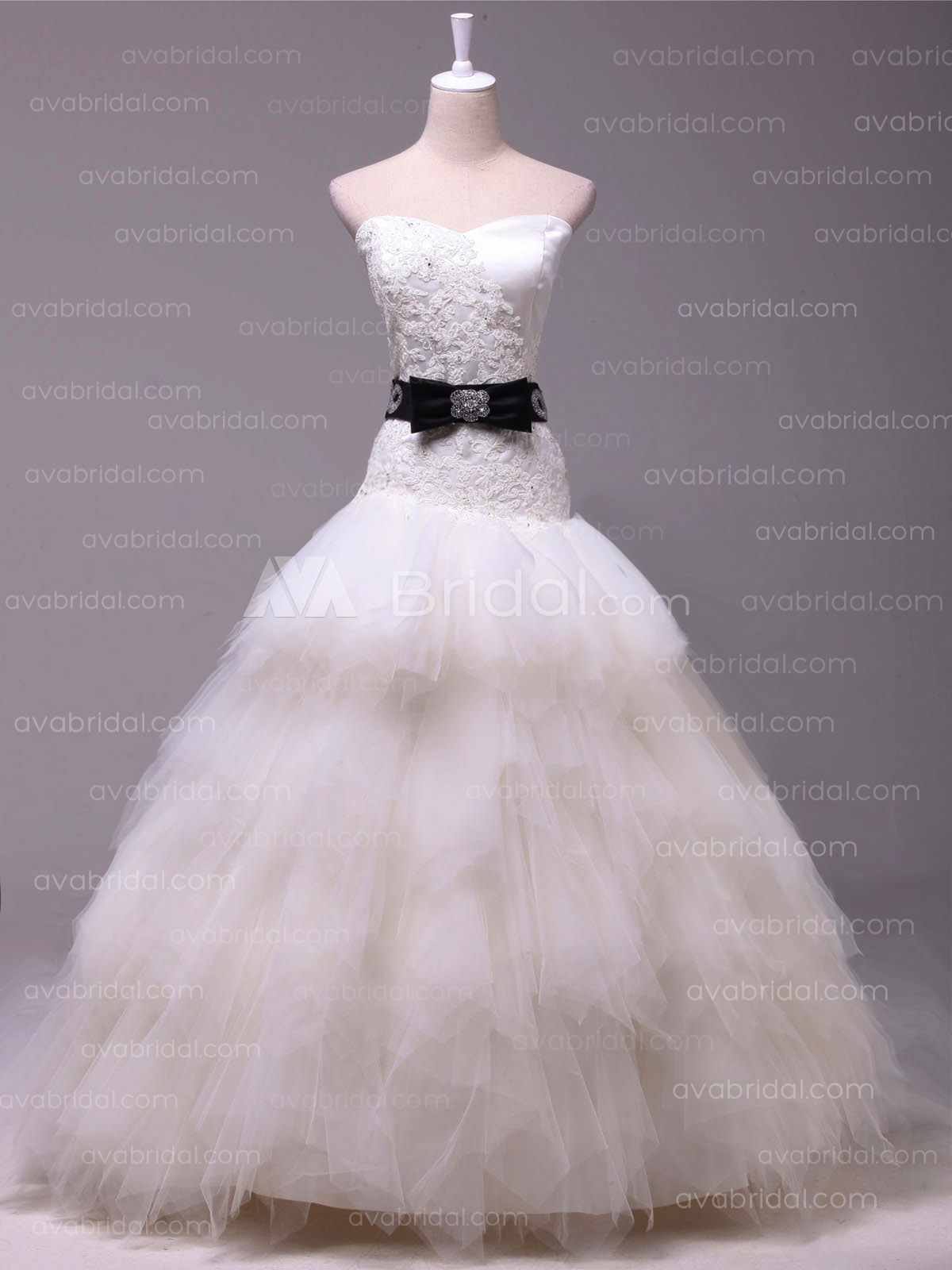 Chic Ball Gown - Nathaly - Front