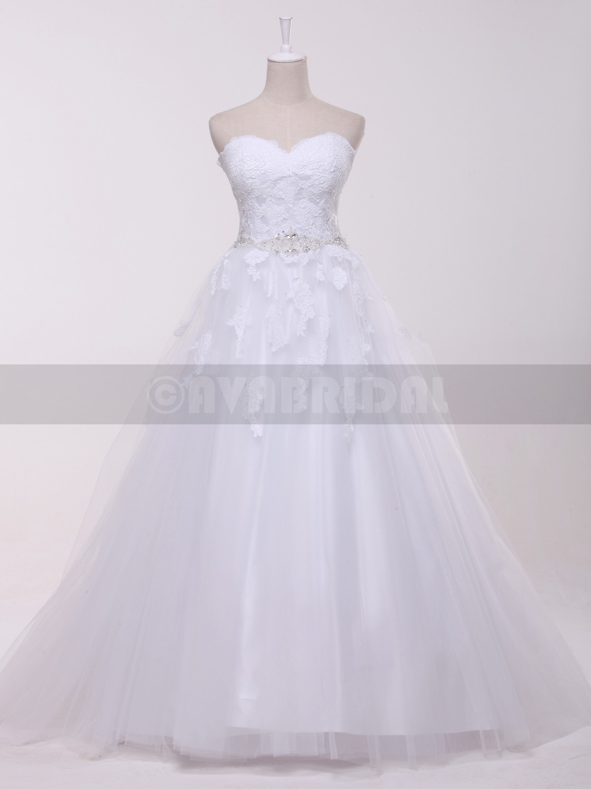 Classic Tulle wedding dress W860-front