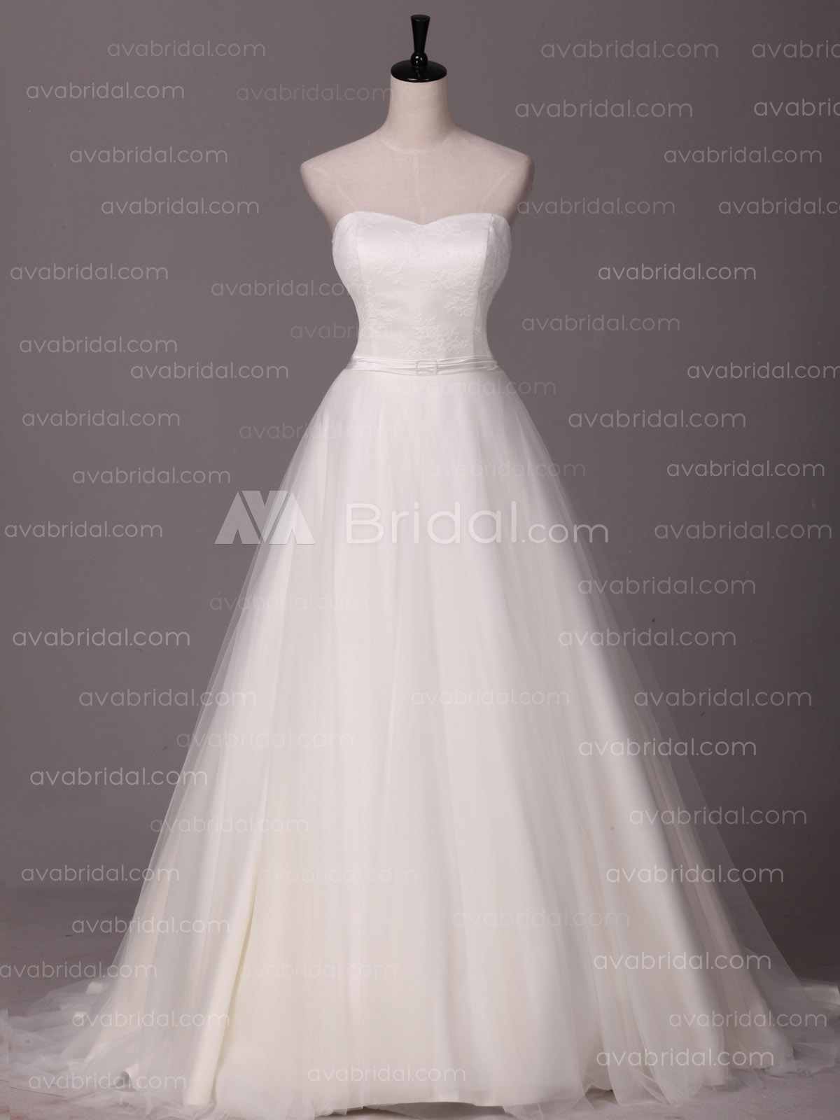 A-line Sweetheart Neckline Romanticwedding dress-front