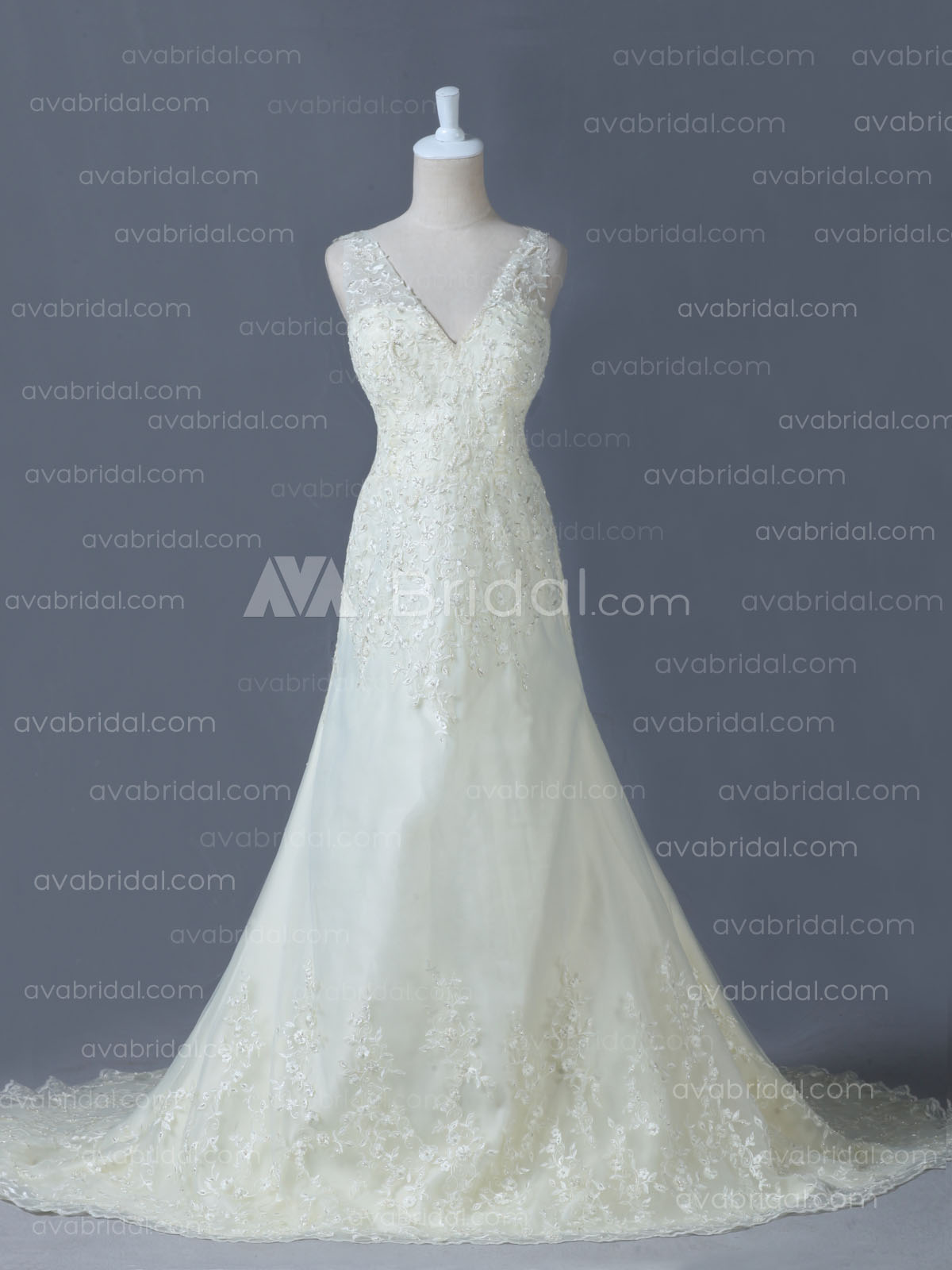 Elegant Wedding Dress - Therese- Front