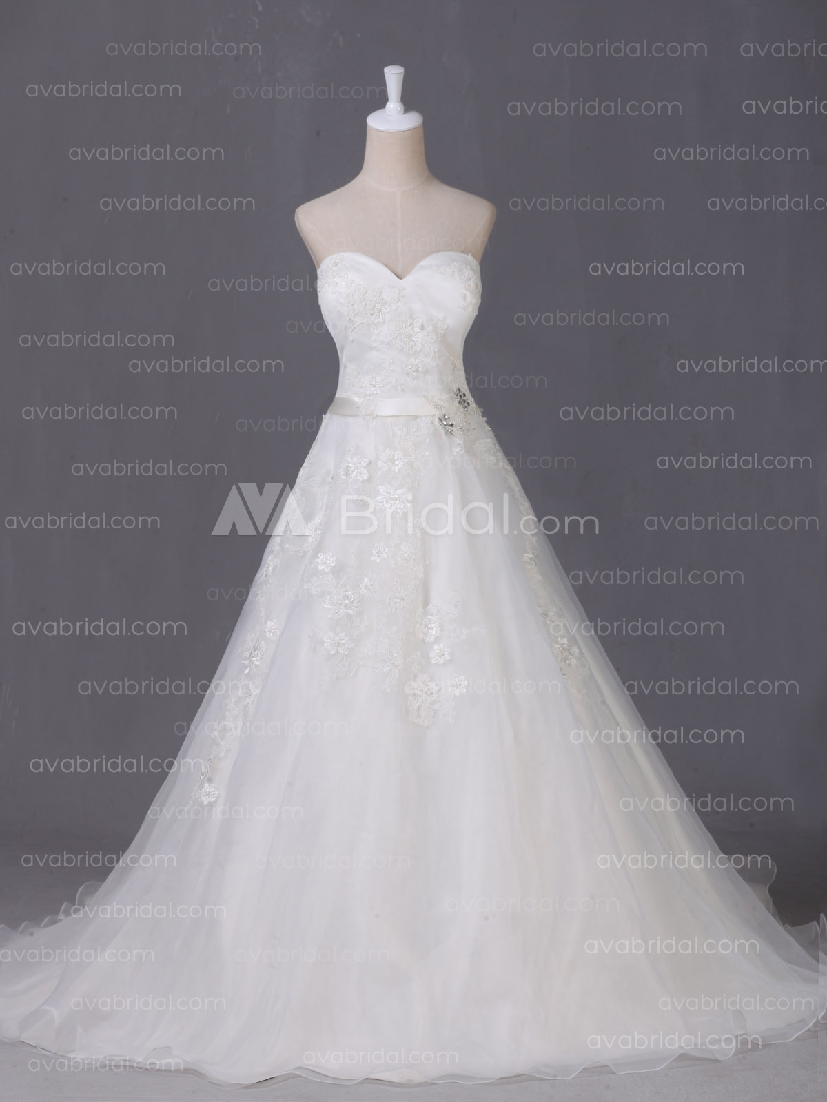 Romantic Wedding Dress - Judith- Front
