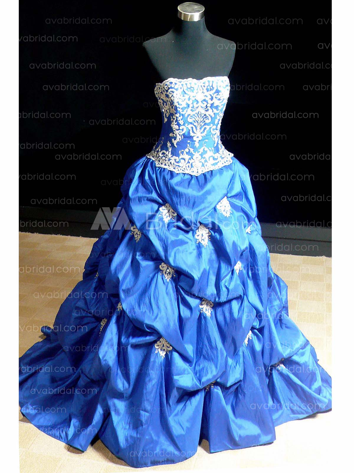 Alternative Ball Gown - Hilma - Front