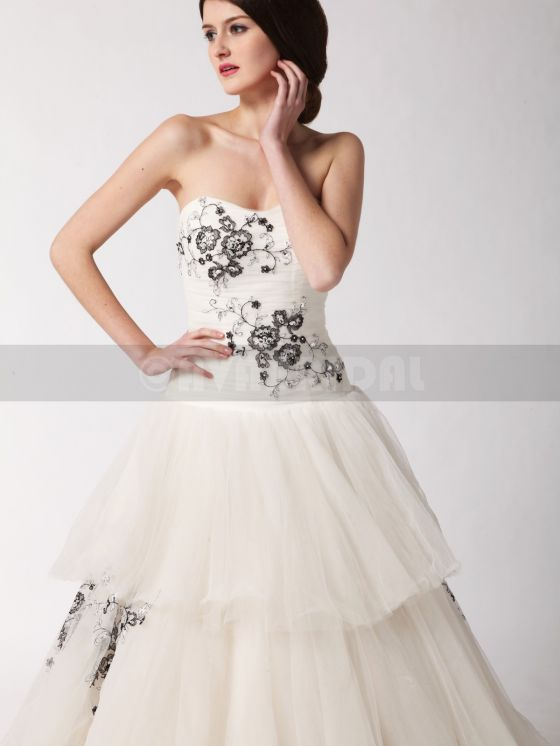 Alternative Wedding Dress-Alyssia- Front Bodice