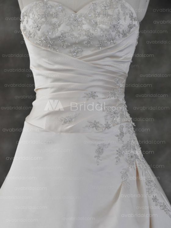Modest Wedding Gown - Mary - Front Bodice